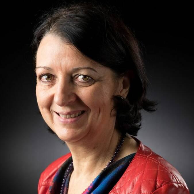Catherine Duménil